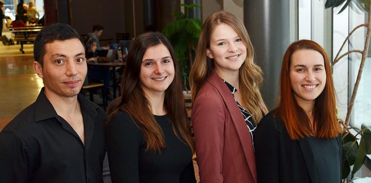 L'équipe de l'automne 2019 du Campus principal à Sherbrooke est composée de Julien Mussard, Audrey Rochon, Catherine Gaulin et Lucille Doiron, tous à la maîtrise en environnement.
