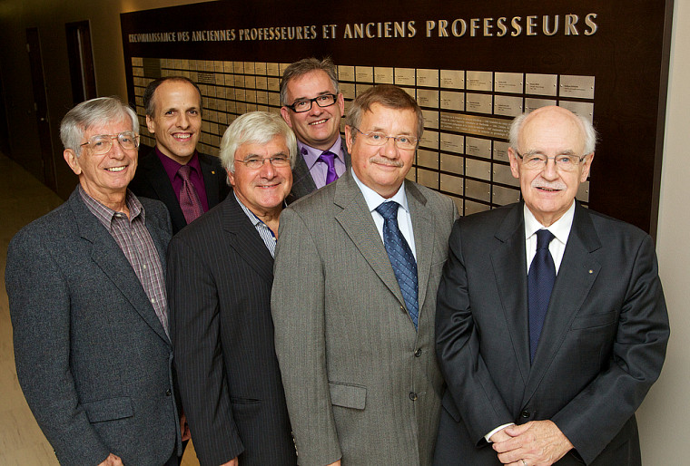 À l'avant: Dr Jean de Margerie, Dr Michel Baron, Dr Michel Bureau, Dr Gilles Pigeon. À l'arrière: Dr Pierre Cossette, Dr Réjean Hébert