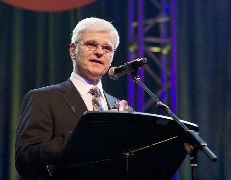Denis Paré, grand ambassadeur 2011 de l'UdeS