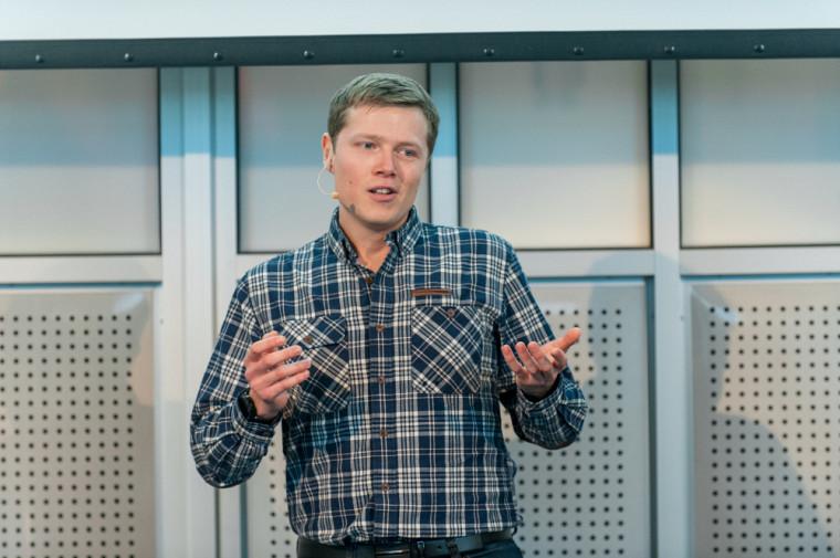 François Peyresaubes, doctorantà la Faculté de médecine et des sciences de la santé de l'Université de Sherbrooke et gagnant de l'édition 2017 du concours Ma thèse en 180 secondes