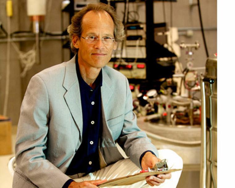 Le professeur Louis Taillefer nous révèle les grands secrets de la supraconductivité.