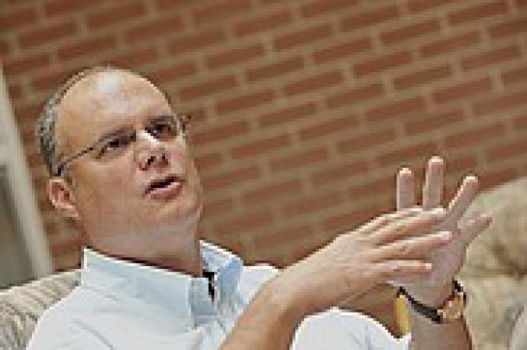 Jean Éthier, professeur à la Faculté d'administration