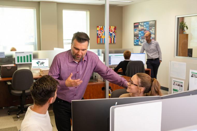 Le SSDP a pour mission de créer des liens forts et novateurs entre la communauté étudiante, les employeurs et les facultés afin d'offrir des expériences de travail marquantes qui contribueront à l'épanouissement de chacun.