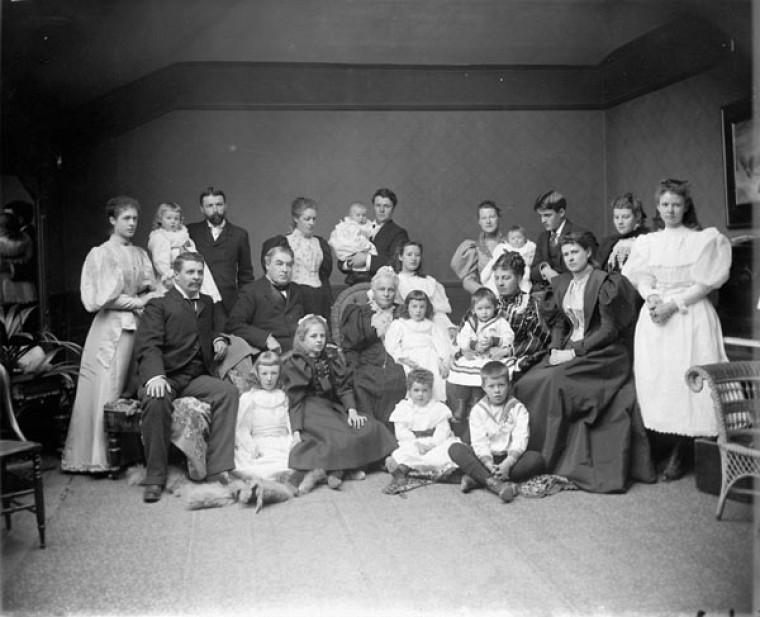 Sir Charles Tupper et sa famille