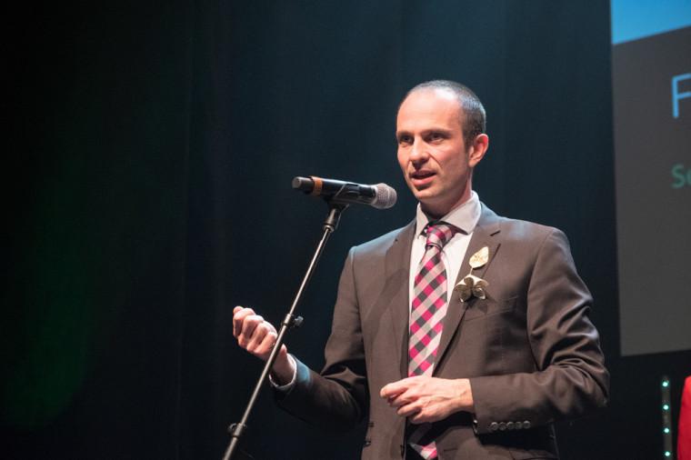 Le Pr François Lamontagne s'est vu remettre le Prix Tremplin en Médecine et sciences de la santé.