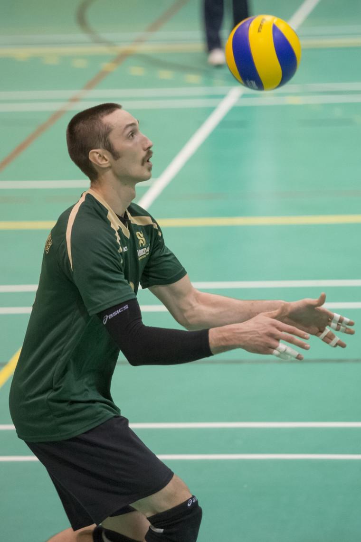 Le joueur de centre de l'équipe masculine de volleyball Vert&Or Samuel Langlois.
