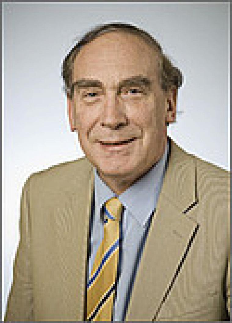 Le professeur Bernard Colin
