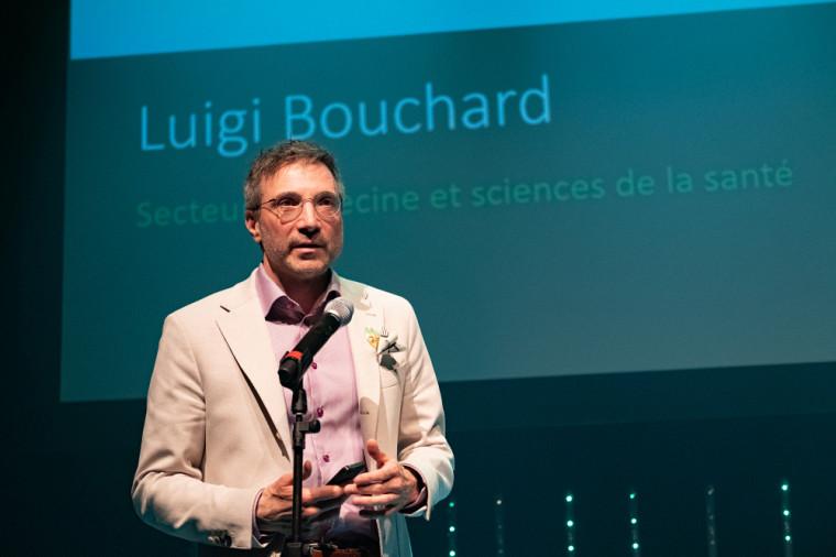 Le Pr Bouchard, lors de la remise du Prix Tremplin en mai 2018.