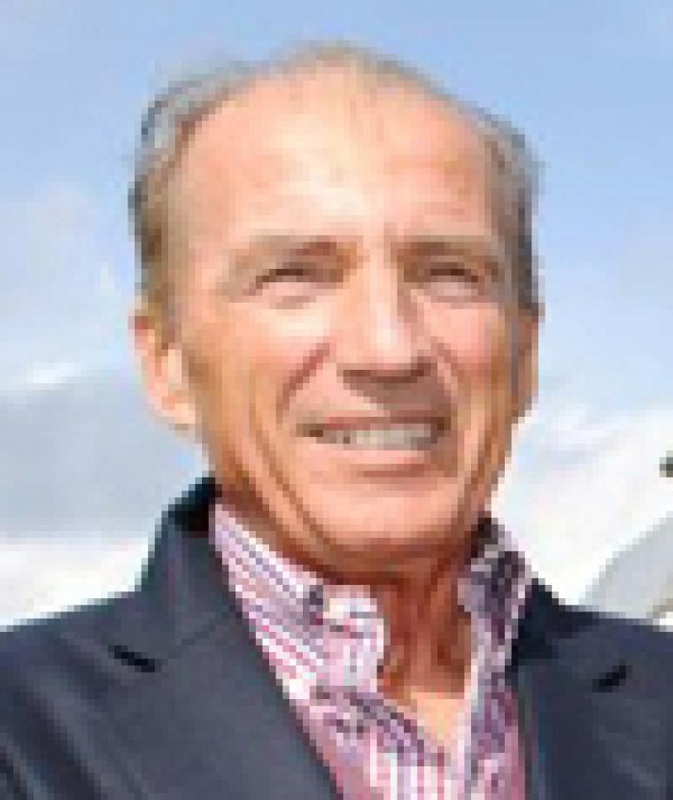 André L'Espérance (Administration 1970), PDG de l'Orford Express et d'Escapades Memphrémagog, est le grand ambassadeur 2012 de l'UdeS.