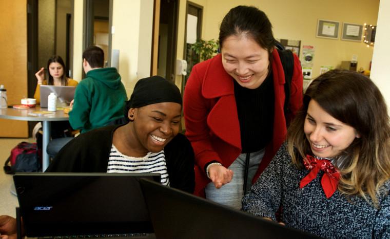 L'UdeS offre un milieu inclusif et équitable qui constitue un terrain fertile pour une recherche et un enseignement de qualité.
