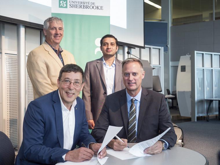 Les partenaires réunis au moment de la signature de l'entente.
