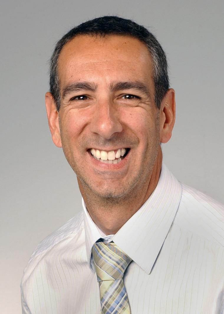 Professeur Éric Lavoie