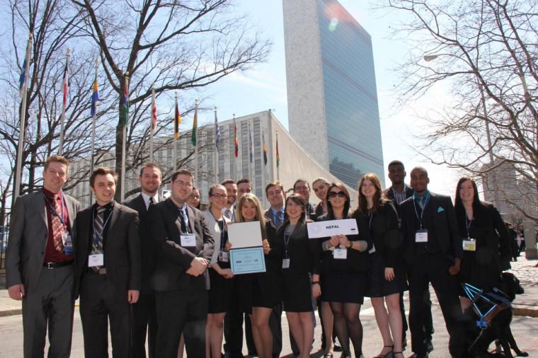 La délégation 2014 de l'Université de Sherbrooke au National Model United Nations, la plus grande simulation au monde des travaux de l'Organisation des Nations Unies.