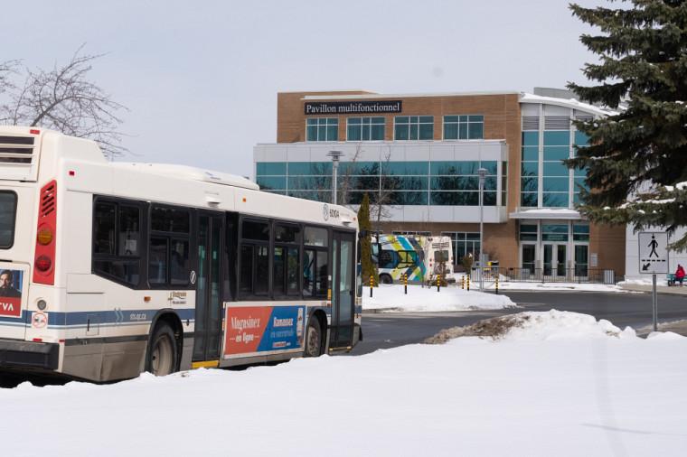 L'investissement dans le transport en commun fait partie des multiples mesures de mobilité durable prises par l'Université.