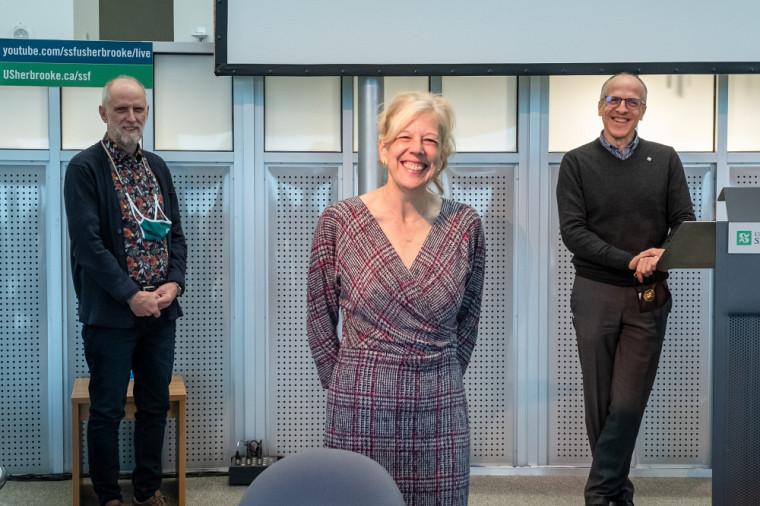 Les Prs Jean Goulet et Christine Hudon, présidents de la campagne de Centraide 2020 à l'UdeS, et le recteur, le Pr Pierre Cossette.
