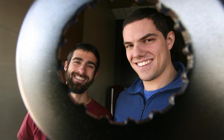 Julien Lamarche et David Lalanne, deux des membres fondateurs de LaFabrique, le nouvel atelier collectif à Sherbrooke
