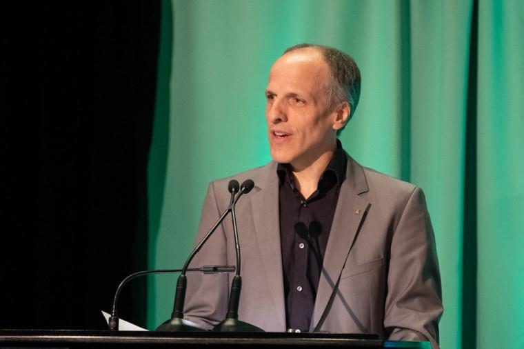 Le recteur, le professeur Pierre Cossette, a témoigné de la valeur inestimable que l'Université de Sherbrooke attribue à la qualité de l'enseignement.