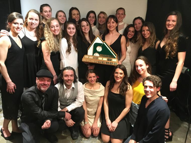 L'équipe féminine d'athlétisme Vert & Or a remporté le trophée La Tribune.