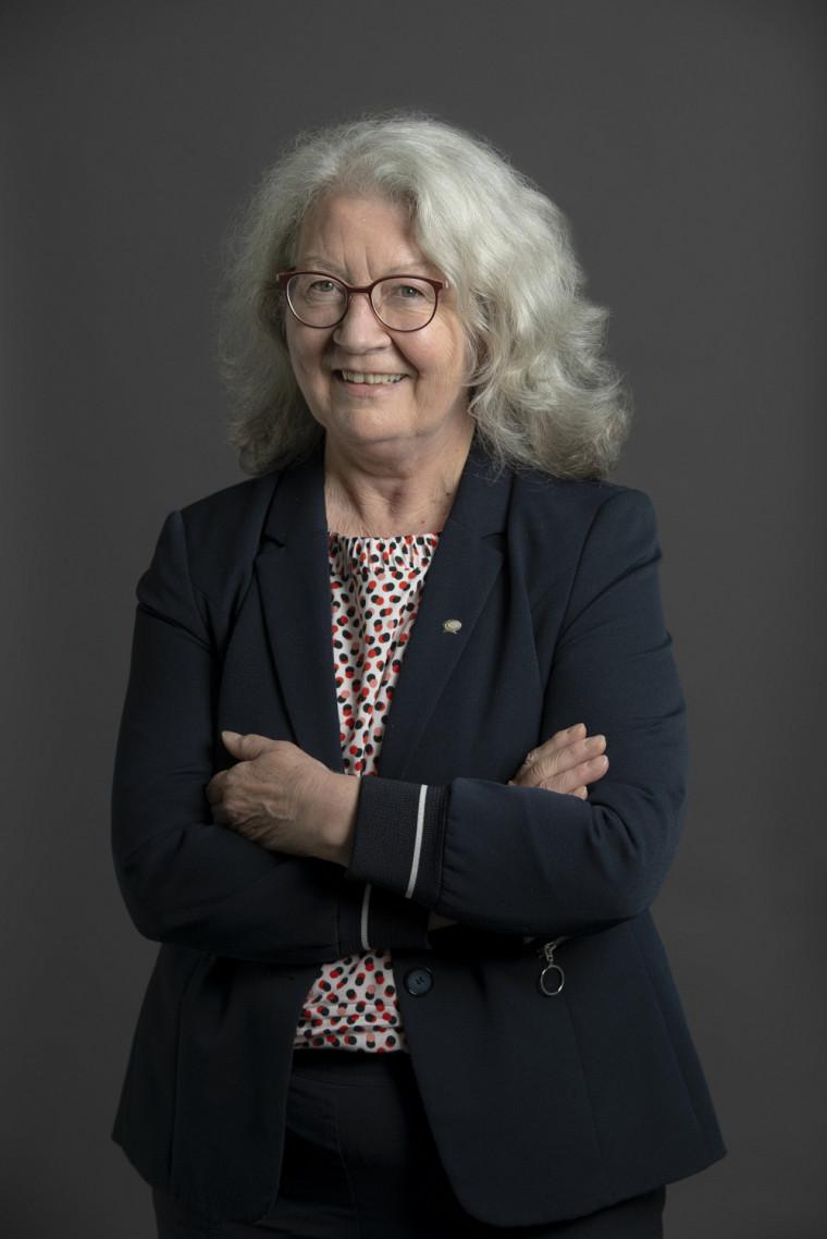 Madame Claire Deschênes, docteure d'honneur de la Faculté de génie 2019 et récipiendaire du Prix du Québec Lionel-Boulet 2020.