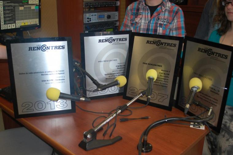 CFAK remporte le prix « Station de radio universitaire et collégiale de l'année – Marchés central et régional ».