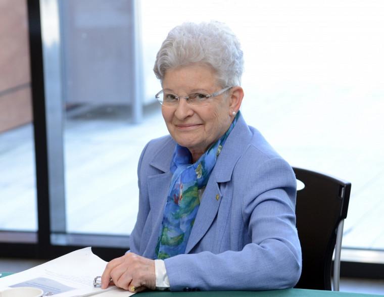 Suzanne Philips-Nootens