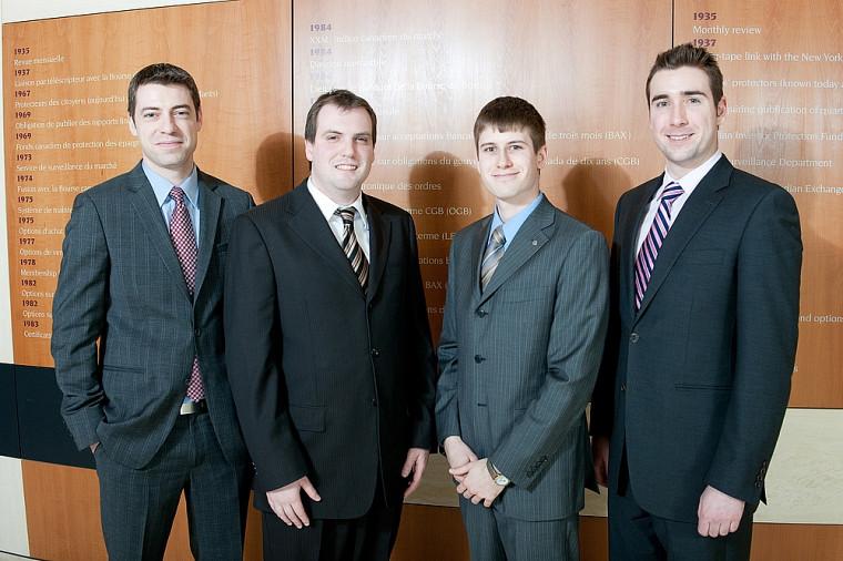 De gauche à droite: les étudiants Nicolas Desjardins, Renaud Flibotte, Simon Ouellet et David Boutin