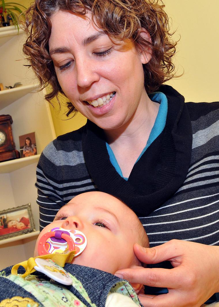 Ergothérapeute et ostéopathe, Chantal Morin s'intéresse à de nouvelles avenues pour prévenir les otites.