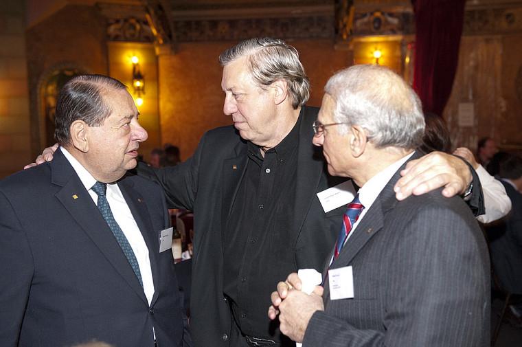 Robert Normand (LL.B. 1960), Louis-Paul Allard (LL.B. 1970) et Robert Kouri (LL.B. 1965).