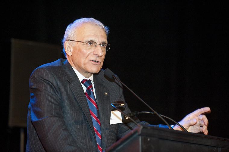 Le professeur Robert Kouri