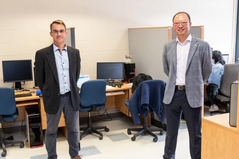 Depuis plus de trois ans, Laplace Insights collabore étroitement avec le Pr Shengrui Wang en lui confiant la mission de créer de nouveaux algorithmes IA au service de la finance.