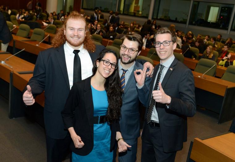 La délégation de l'Université de Sherbrooke