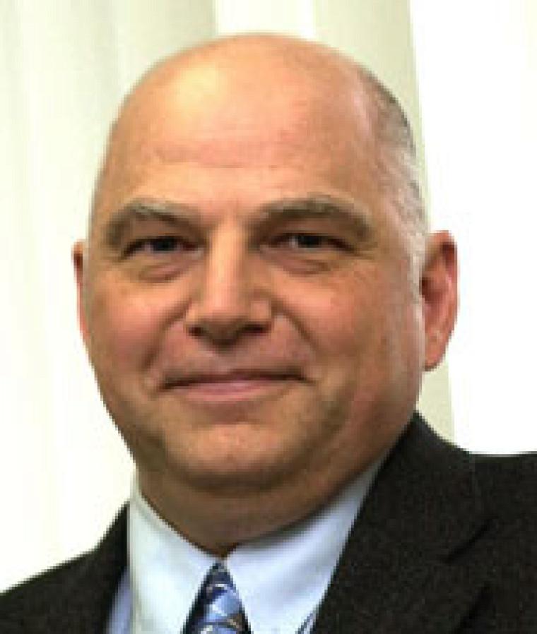 Le professeur Pierre D. Harvey, de la Faculté des sciences
