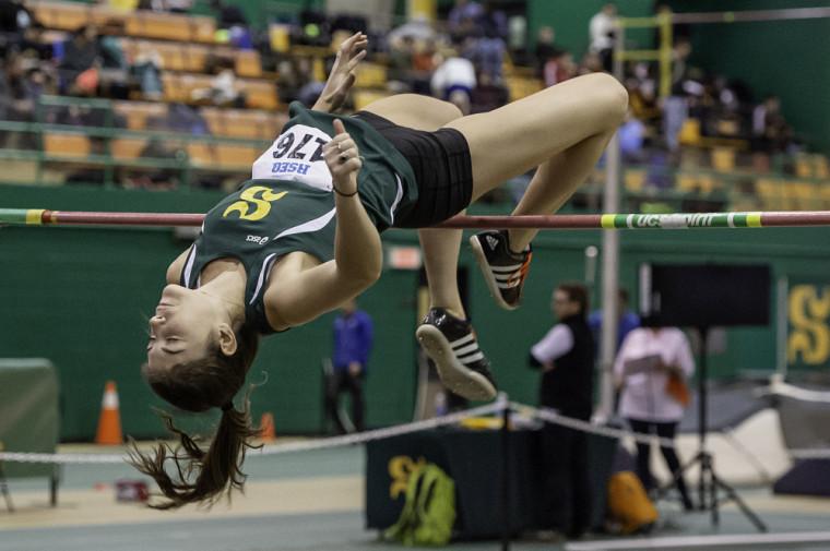 Maude Croteau-Vaillancourt a profité de sa participation au Vert & Or Invitation samedi au stade intérieur de l'UdeS pour améliorer le record d'équipe qu'elle détenait à 1,75 m.
