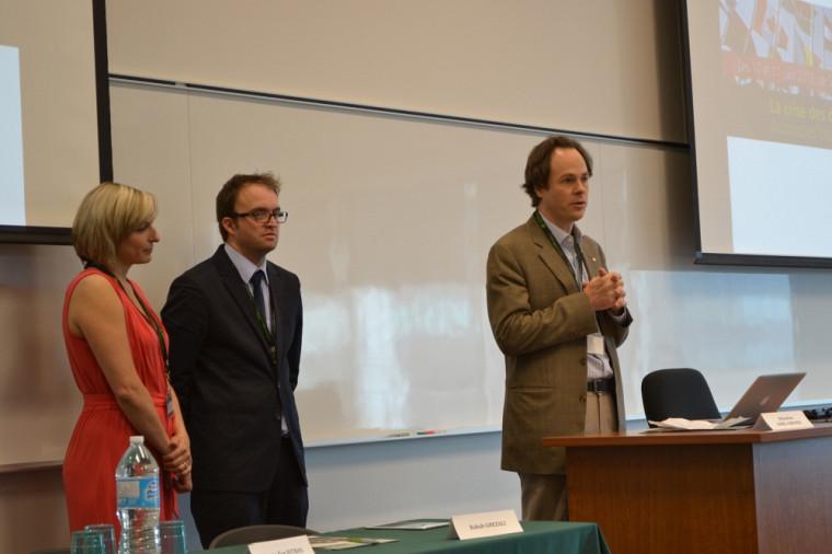Geneviève Dufour, David Pavot et Sébastien Lebel-Grenier, doyen de la Faculté de droit.