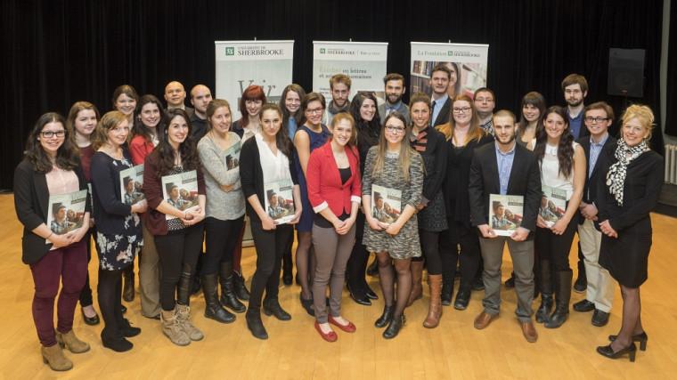 Les récipiendaires des bourses 2014-2015 de la Faculté des lettres et sciences humaines.