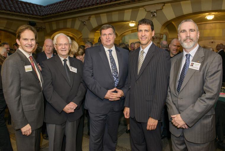 Pr Daniel Proulx, les honorables juges Albert Gobeil (à la retraite) et Louis Dionne, Me Louis Marquis et Me Neville-Warren Cloutier.