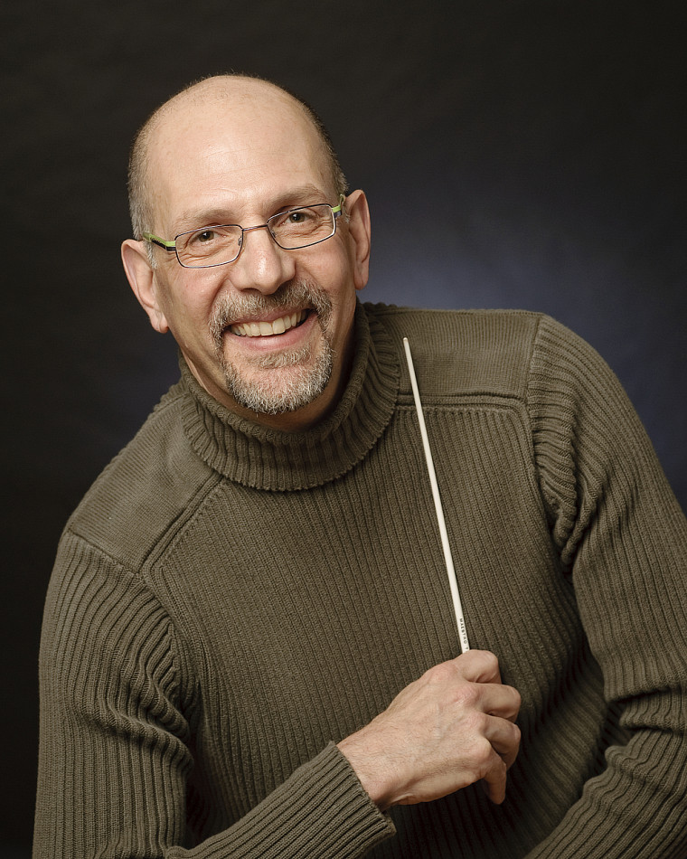 Le chef d'orchestre Robert Ingari