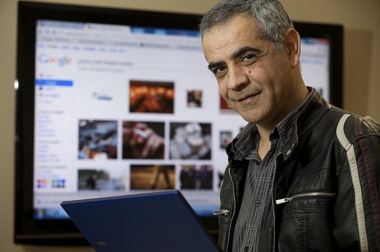 Le professeur Djemel Ziou développe une plateforme informatique de cybersécurité.