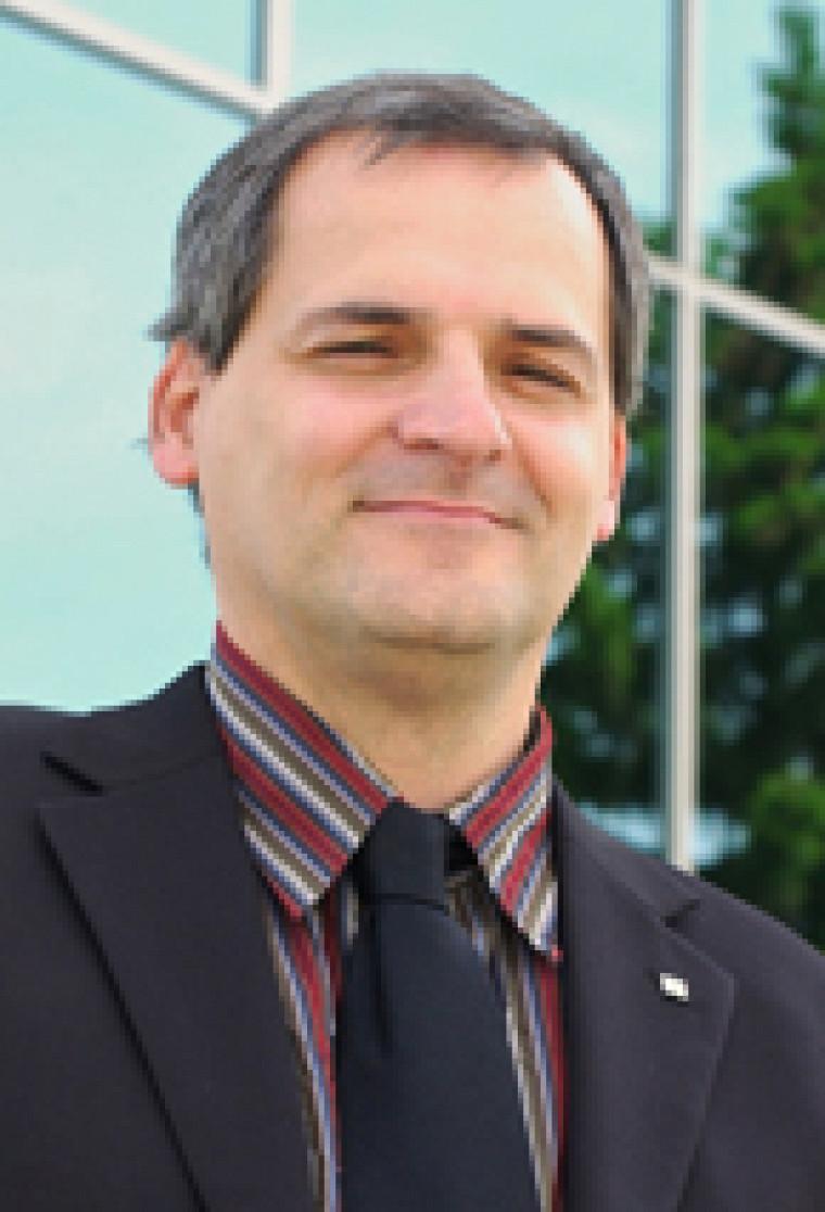 Le vice-recteur à l'administration et au développement durable, Alain Webster.