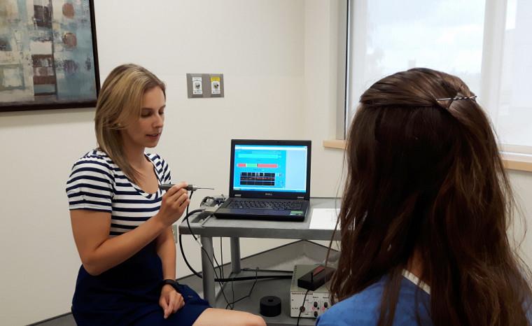 L'algomètre est un appareil qui a été développé pour répondre au besoin urgent d'avoir une évaluation rapide et précise de la sensibilité vulvaire.