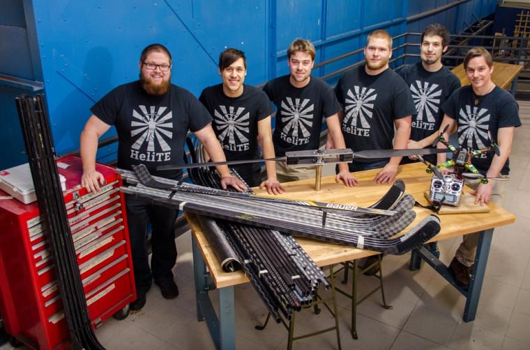 L'équipe de 6 futurs ingénieurs associés au projet HeliTE. De gauche à droite : Guillaume Poirier, Vincent Jacob-Ferland, Jérôme Larose, Nicolas Roy, John Bass et Samuel Soucy-Bouchard