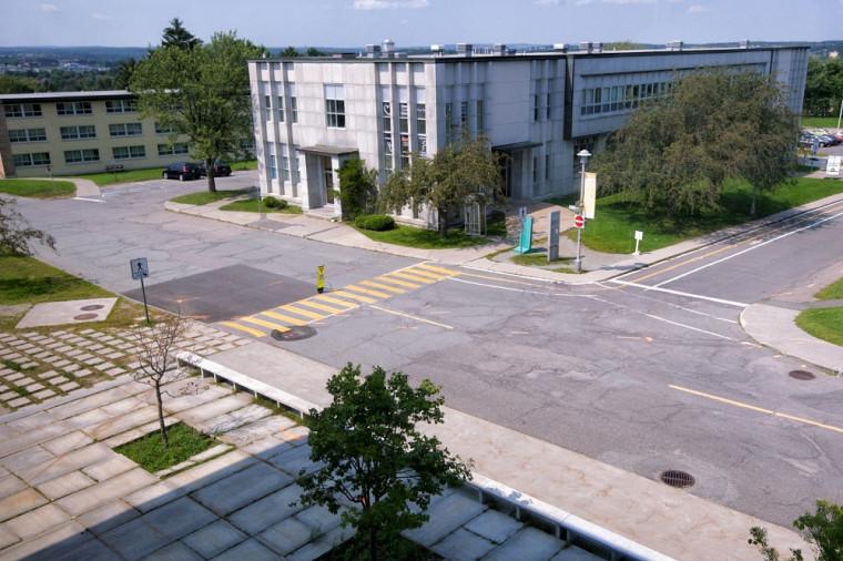 Des travaux occuperont le Campus à l'angle du pavillon George-Cabana (B1) et de celui de la vie étudiante (E1).