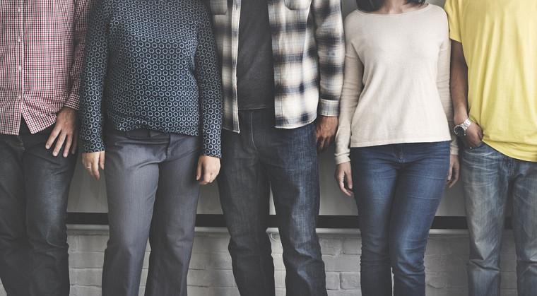 Un comité Jeunes en actions sera formé et plusieurs forums publics sur le dialogue interculturel se tiendront dans cinq villes canadiennes.