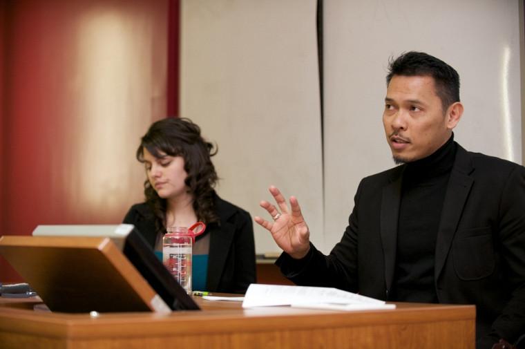 Venessa Mongeau et le professeur Eddy Supeno, lors de la conférence du 18mars.