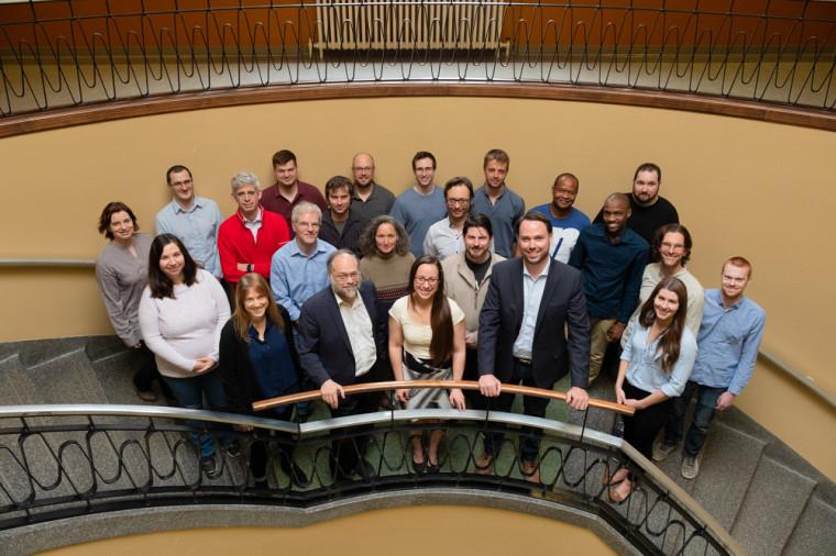 L'expertise de l'Université de Sherbrooke sera mise à contribution pour le déploiement de cette plateforme novatrice, notamment grâce au Groupe de recherche interdisciplinaire en informatique de la santé (GRIIS), qui jouera un rôle de premier plan en recherche et développement informatique.
