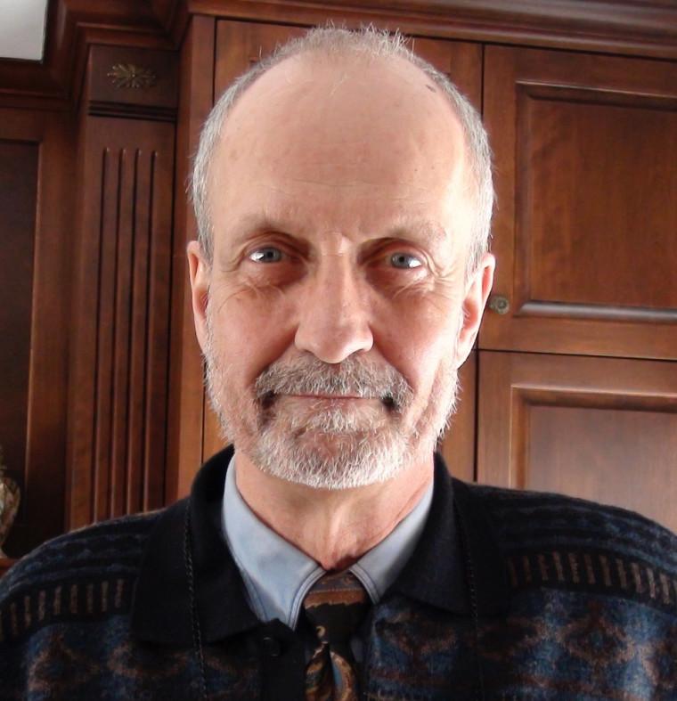 André LADOUCEUR, CRIA, Médiateur, facilitateur et arbitreMe André Ladouceur, CRIA, est un arbitre de grief membre de la liste du CCTMO et un médiateur accrédité de l'Institut de médiation et d'arbitrage du Québec. Il a agi à titre de médiateur dans le domaine de la gestion des ressources humaines et des relations industrielles depuis plus de deux décennies.