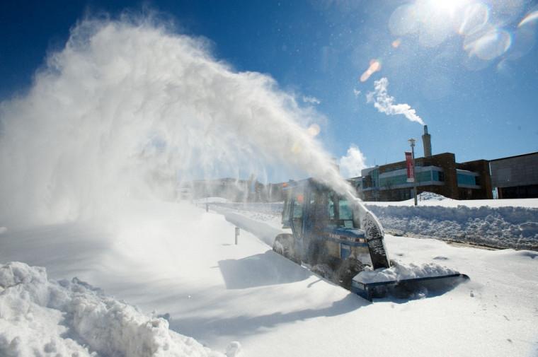 La communauté universitaire se doit d'être vigilante avec l'arrivée de l'hiver et des nouvelles pratiques d'entretien à l'UdeS.