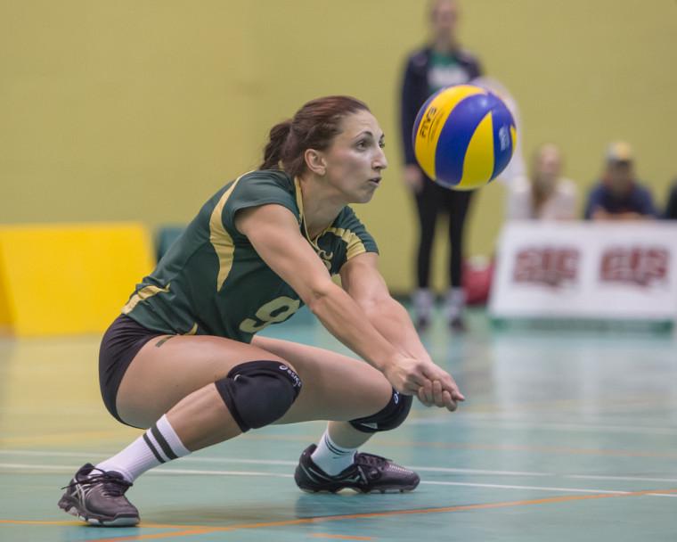 Catherine Deslauriers et ses partenaires de l'équipe féminine de volleyball Vert & Or sont prêtes pour le début de la saison 2017-2018 ce dimanche.