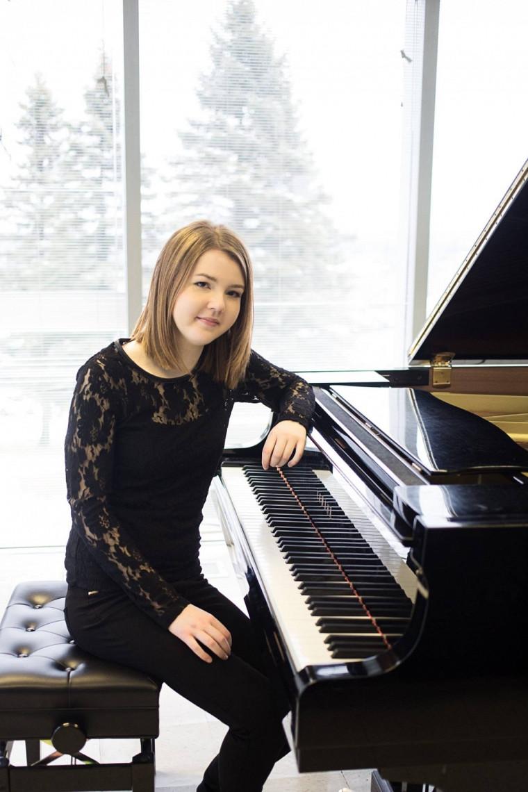 L'une des lauréates de la dernière édition du Concours de concerto de l'École de musique, lapianiste Élisabeth Chénard-Soucy.