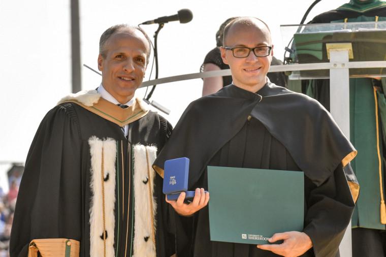 Le recteur Pierre Cossette etDavid Provencher